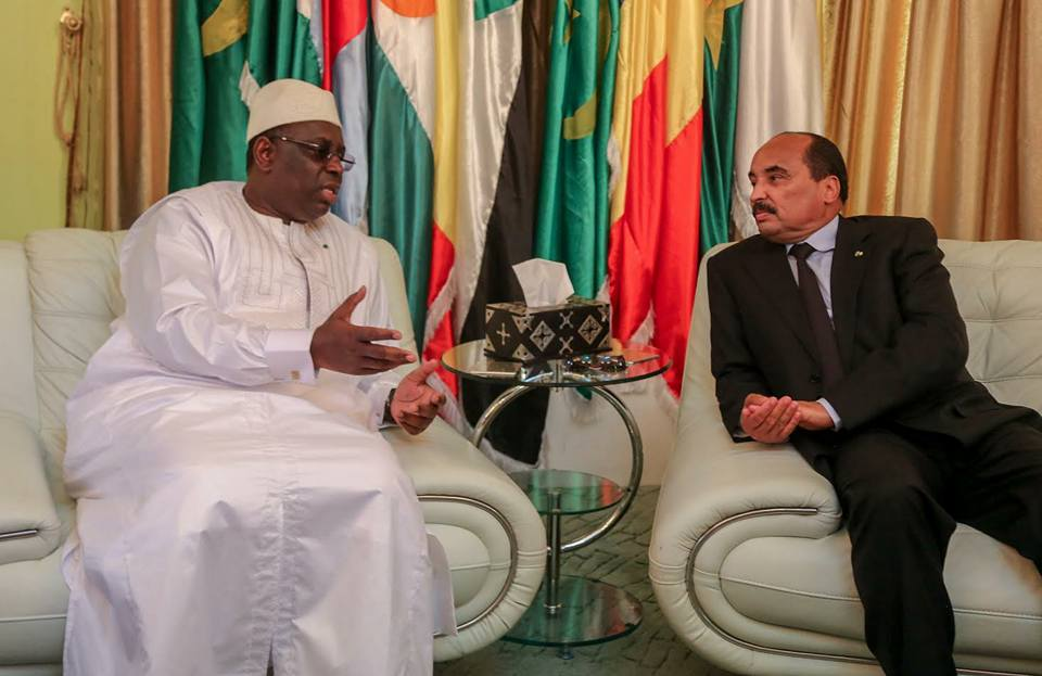 الرئيس عزيز مع الرئيس صال الليلة في داكار