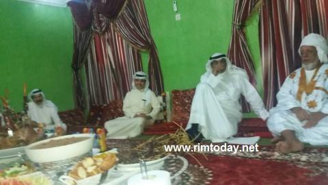 صباح خالد الصباح في زيارة سابقة لموريتانيا مع والد الوزير اسماعيل ولد الشيخ أحمد