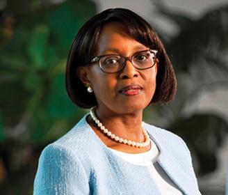 د . ماتشيديسو موتيى المديرة الإقليمية لافريقيا في منظمة الصحة العالمية