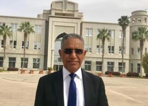 الأستاذ الدكتور: إزيد بيه ولد محمد محمود
