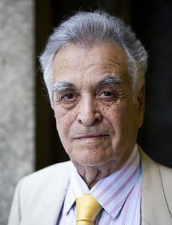 الشاعر الفلسطيني محمود صبح