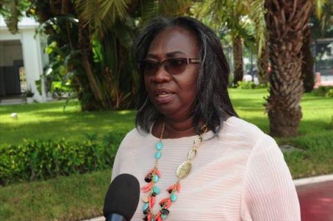 وزيرة النفط السنغالية صوفي غلاديما
