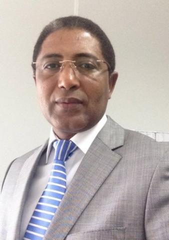 باباه سيدي عبد الله ـ كاتب، وإعلامي موريتاني