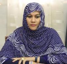 وزيرة التجارة والصناعة والسياحة الناها بنت حمدي ولد مكناس